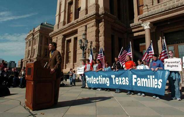 Gov. Rick Perry speaks in favor of a  parental consent bill at a Po-Life rally, Jan. 21, 2005 at the State Capitol. The annual event was held in conjunction with the anniversary of Roe v. Wade.  Photo: BAHRAM MARK SOBHANI, SAN ANTONIO EXPRESS-NEWS / SAN ANTONIO EXPRESS-NEWS