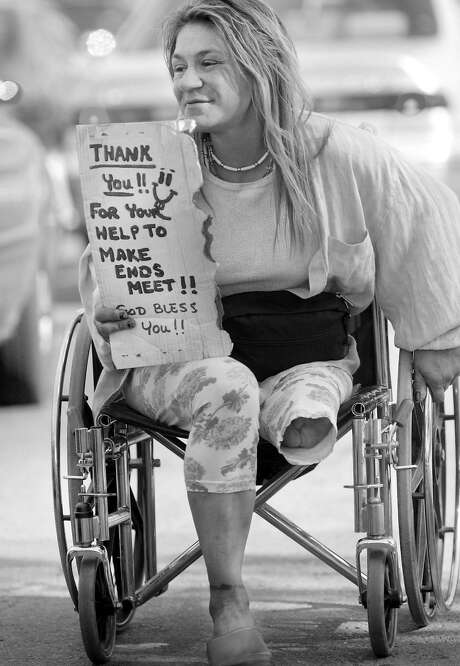 For years, Vina Villegas was often seen panhandling on South Van Ness Avenue. Photo: Brant Ward, The Chronicle