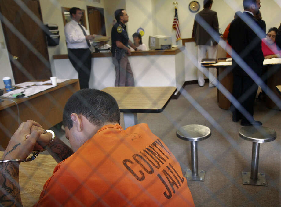 Attorneys who defend those who can't afford to pay for a lawyer are vital to the criminal justice system. Photo: Express-News File Photo / SAN ANTONIO EXPRESS-NEWS
