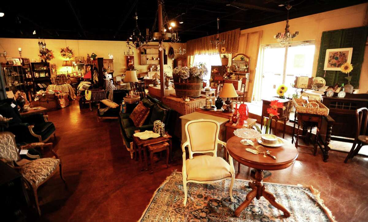 ANTIQUES: Burns Antik Haus 2195 Calder Avenue, Beaumont (409) 835-3080 www.beaumontantiquestx.com