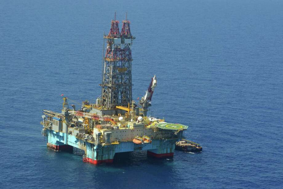Some Gulf of Mexico drilling leases the federal government will auction in March are in waters more than 11,000 feet deep that require specialized deep-water equipment.  (Jennifer A. Dlouhy / Houston Chronicle) Photo: Jennifer A. Dlouhy / Houston Chronicle