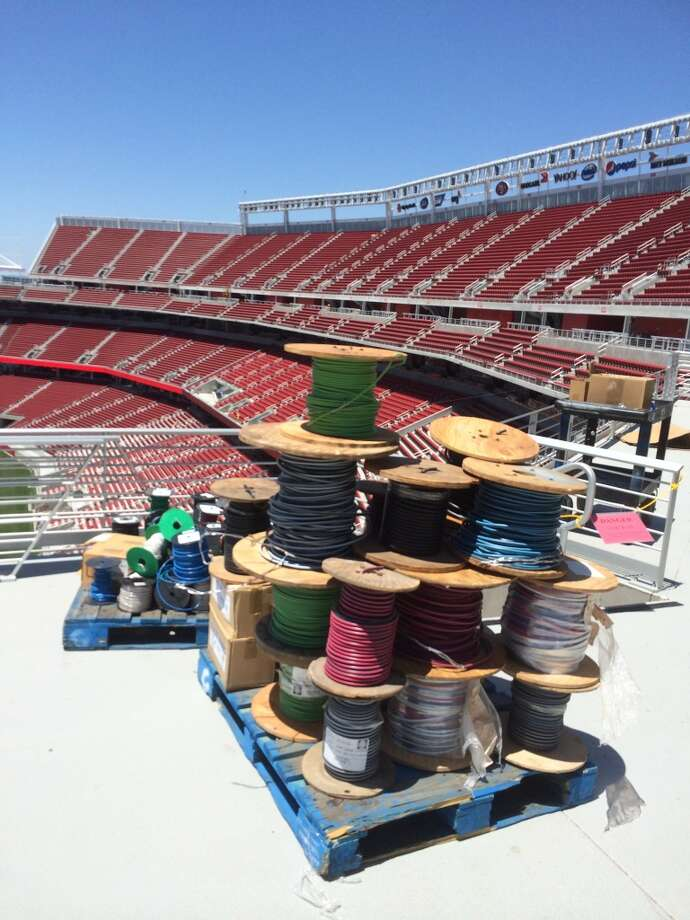 Plenty of odds and ends to be tied up as construction of Levi's Stadium comes to a close in Santa Clara. (Al Saracevic/San Francisco Chronicle)