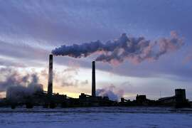 This coal-fired plant in Becker, Minn. Minnesotasuccessfully lowered carbon emissions and capitalized on renewable energy sources.