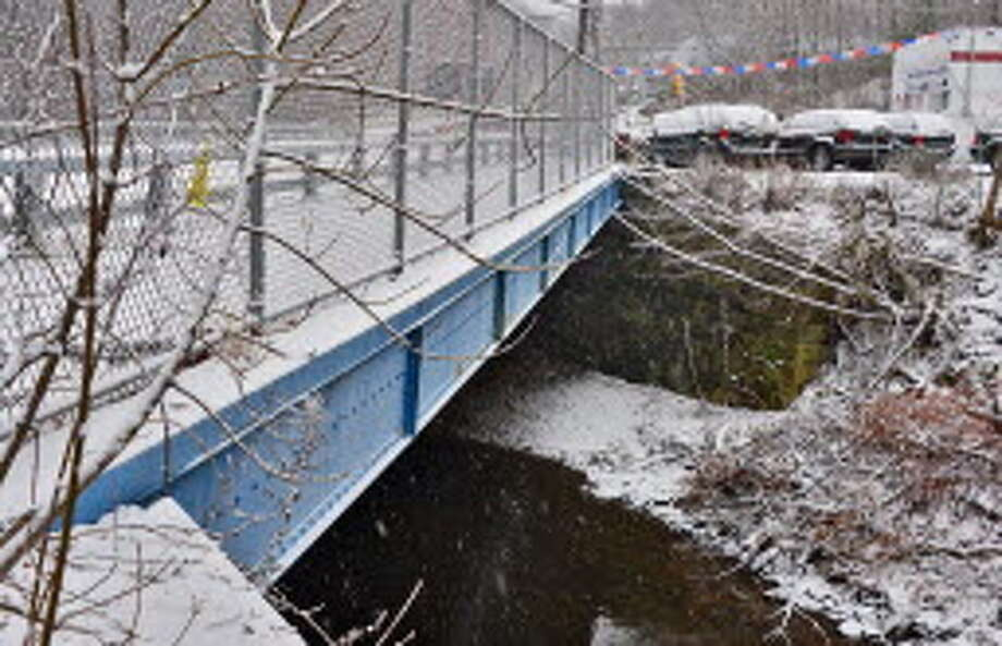 The Spring Avenue Bridge Tuesday Dec. 10, 2013, in Troy, NY. (John Carl D'Annibale / Times Union)
