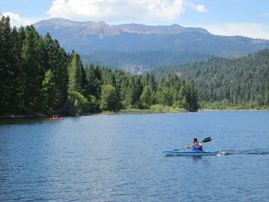 Kayaker at Lake Siskiyou, where the lake is 100-percent full Photo: Tom Stienstra