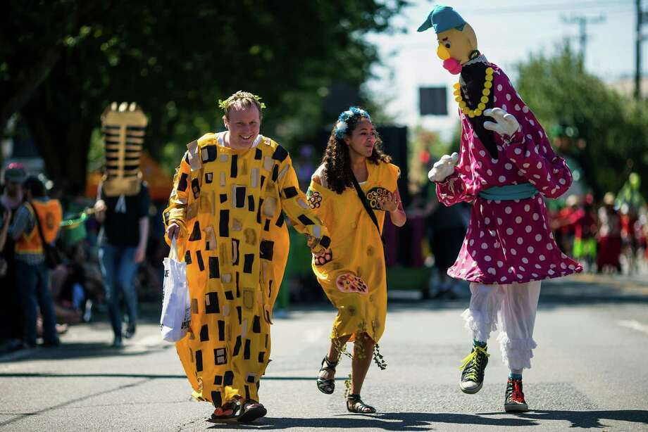Watched by thousands, colorful floats, groups, bands and costumed individuals made their way through the 26th annual Fremont Solstice Parade. Photo: JORDAN STEAD, SEATTLEPI.COM / SEATTLEPI.COM