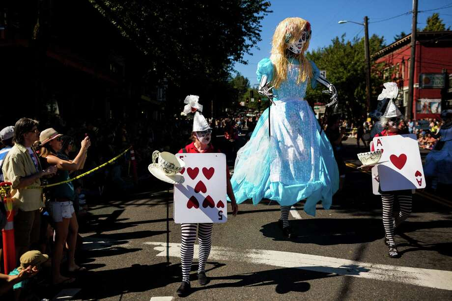 Watched by thousands, colorful floats, groups, bands and costumed individuals made their way through Fremont. Photo: JORDAN STEAD, SEATTLEPI.COM / SEATTLEPI.COM