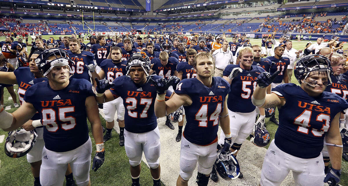 (Yes) UTSA was one of the first schools in the state to allow alcoholic beverages at its athletic events.