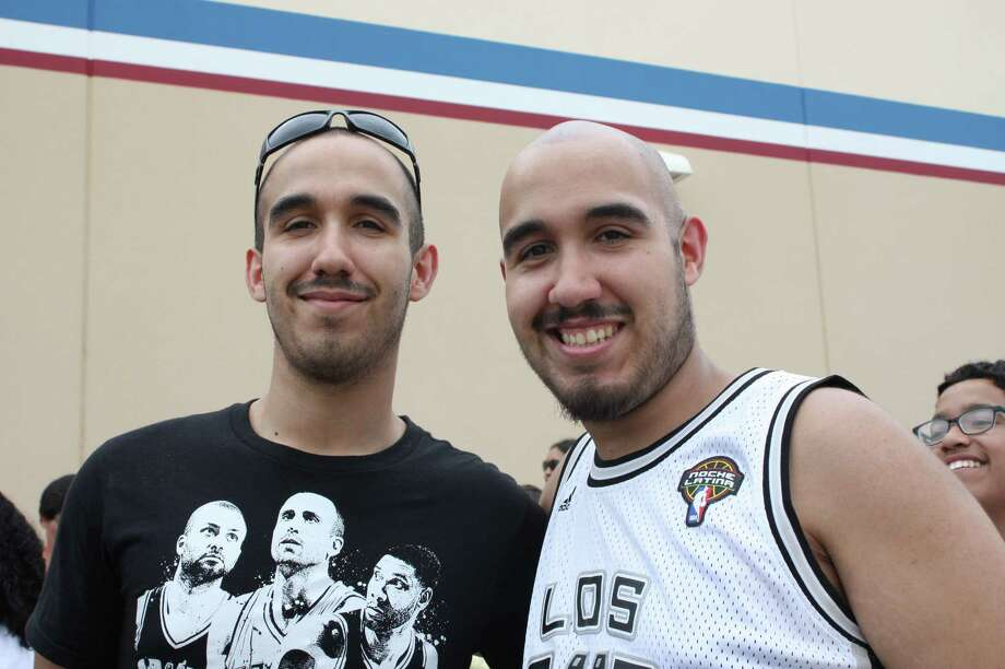 Fans flooded Academy Sports and Outdoors to take a picture and get an autograph with NBA champion Tony Parker. Photo: By Libby Castillo, For MySA.com