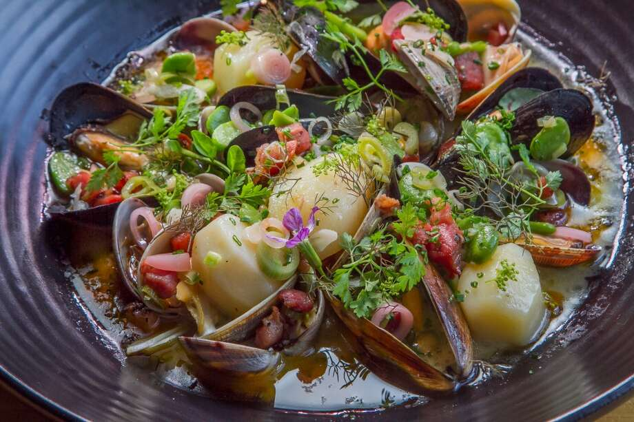 The Clams and Mussels at The Coachman in San Francisco. Photo: John Storey, Special To The Chronicle