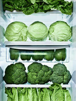 "How Docs Kick Colds and FluI gorge on greens.  ""The best foods you can eat to fuel your immune response are green vegetables — they're loaded with antioxidants that keep free radicals in your body under control. A refrigerator stocked with lettuce, kale, and broccoli is my secret weapon during flu season."" — Joel Fuhrman, M.D., author of Super Immunity   Photo: Jill Giardino, Getty / Blend Images"