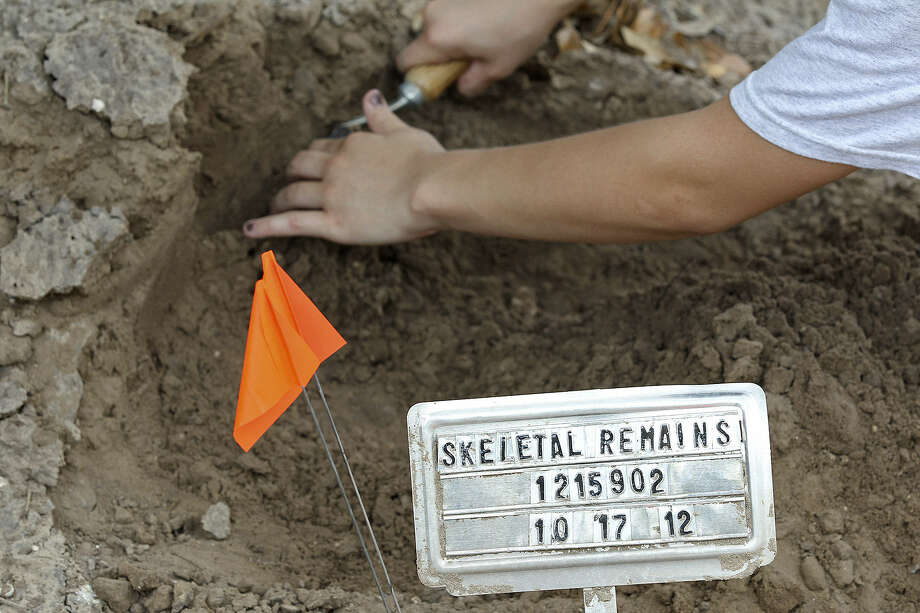Often, just the starkest bits of information mark the graves of undocumented immigrants found dead in the wilds of South Texas. The effort now underway seeks to identify the remains so loved ones can know of their fate.