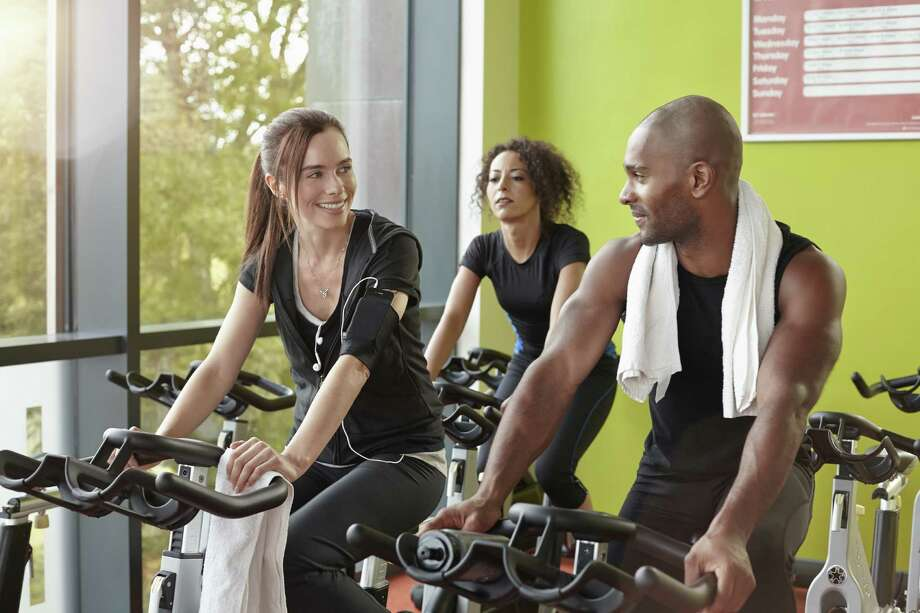 """The socializersThese people will stop you mid workout just to tell you you're doing great. Cool, yeah, thanks for the motivation but it's kind of hard to """"do great"""" if you're talking to me. Photo: Gary Burchell, Getty / (c) Gary Burchell"""
