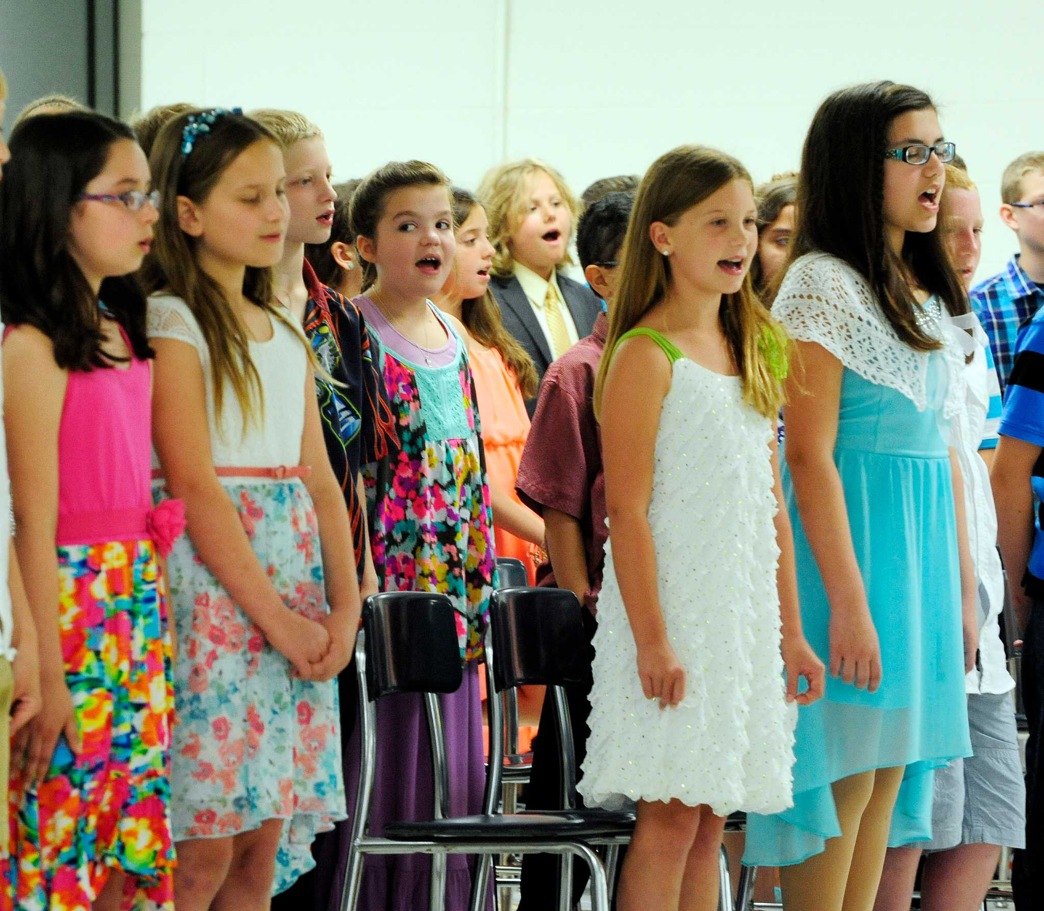 sixth grade classes celebrated - HD2048×1786