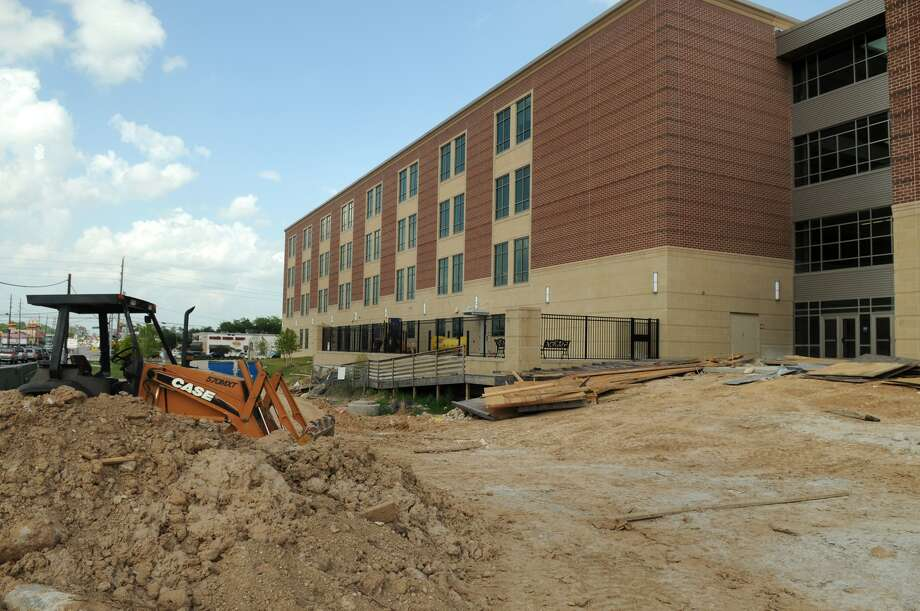 The Klein High School reconstruction project is scheduled to be finished in December. Photo: Jerry Baker, Freelance
