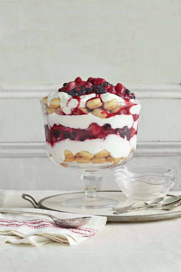 Country Living recipe for Vanilla Yogurt and Berry Trifle. Photo: Aimee Herring / ONLINE_YES