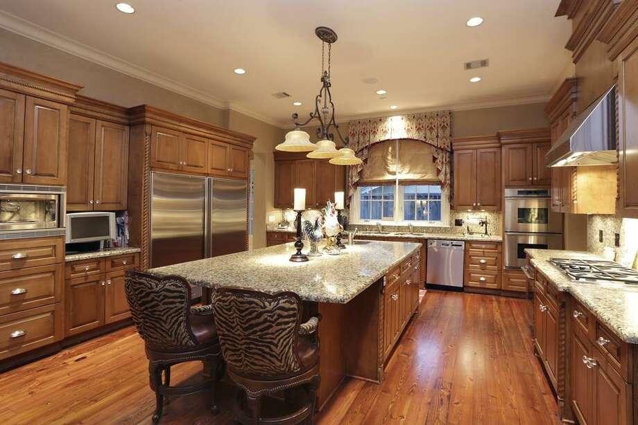 Former Houston Texans quarterback Matt Schaub has listed his beautiful Houston home for $4.29 million. Photo: Houston Association Of Realtors