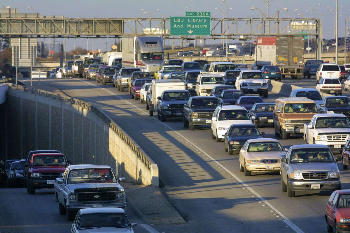 1. Austin traffic sucks.Forbes magazine ranked the city the fourth-worst in the nation for average time wasted in traffic annually: 41 hours.