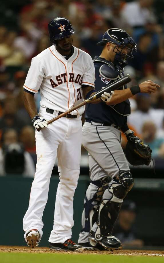 Astros center fielder Dexter Fowler (21) strikes out. Photo: Karen Warren, Houston Chronicle