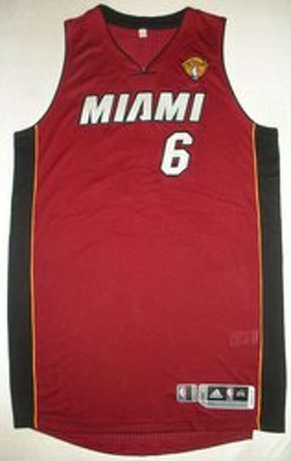 reputable site d1e07 6864b Game-worn NBA Finals memorabilia could be yours - San ...