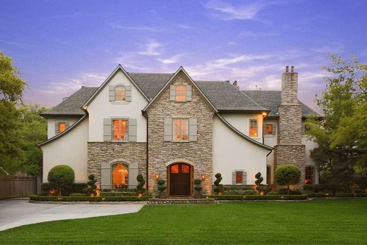Former Houston Texans quarterback Matt Schaub has listed his beautiful Houston home for $4.29 million