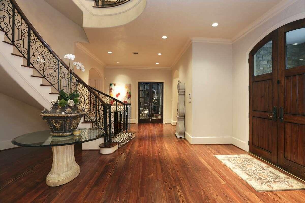 Former Houston Texans quarterback Matt Schaub has listed his beautiful Houston home for $4.29 million.