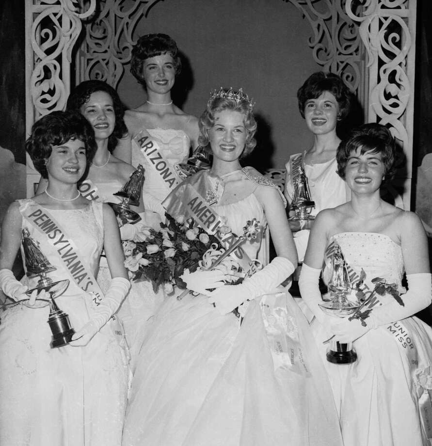 Diane Sawyer, center, poses as 1963's Kentucky's Junior Miss.  Photo: AP / 1963 AP