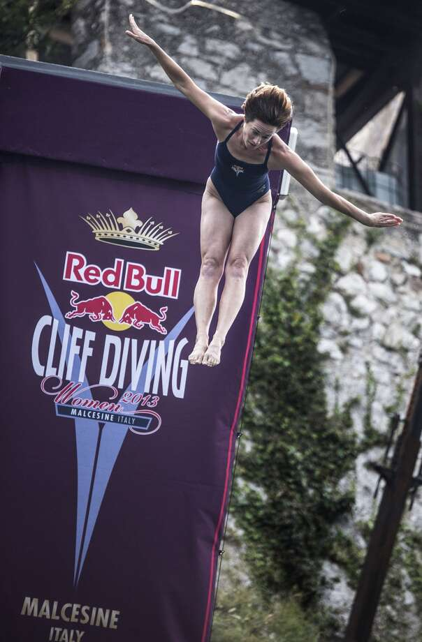Cliff diver Ginger Huber Photo: Getty Images