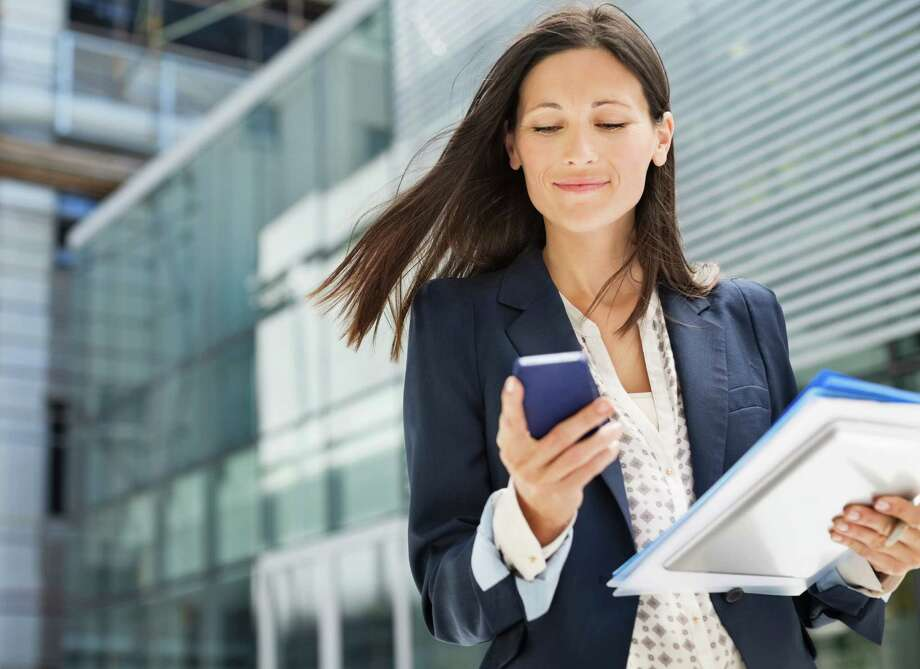 These days, recruiters and hiring managers put a lot of emphasis on the phone interview. And aside from judging your responses, they are also using every sound that comes from the phone to paint a picture of you.Here are seven tips to help you sound and be your best during a phone screen. Photo: Paul Bradbury, Getty Images / Caiaimage