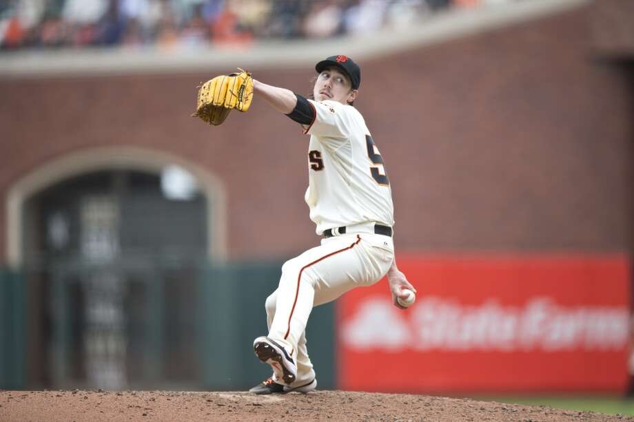 Tim Lincecum #55 of the San Francisco Giants pitches against the San Diego Padres during the sixth inning at AT&T Park on June 25, 2014 in San Francisco, California. Photo: Jason O. Watson, Getty Images
