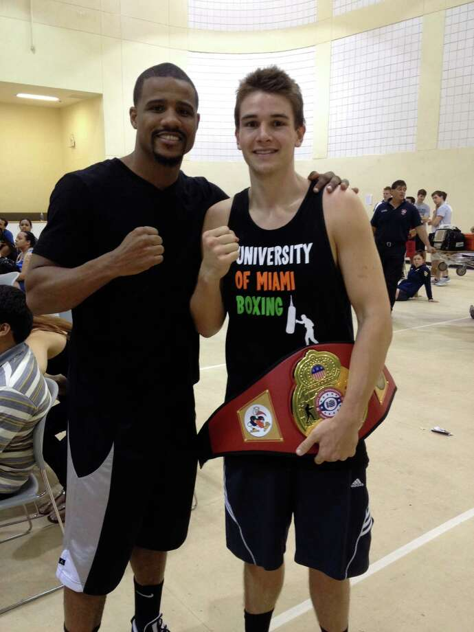 Greenwich's Ralph Longo poses with Olympic bronze medalist Andre Dirrell. Photo: Contributed Photo / Greenwich Time Contributed