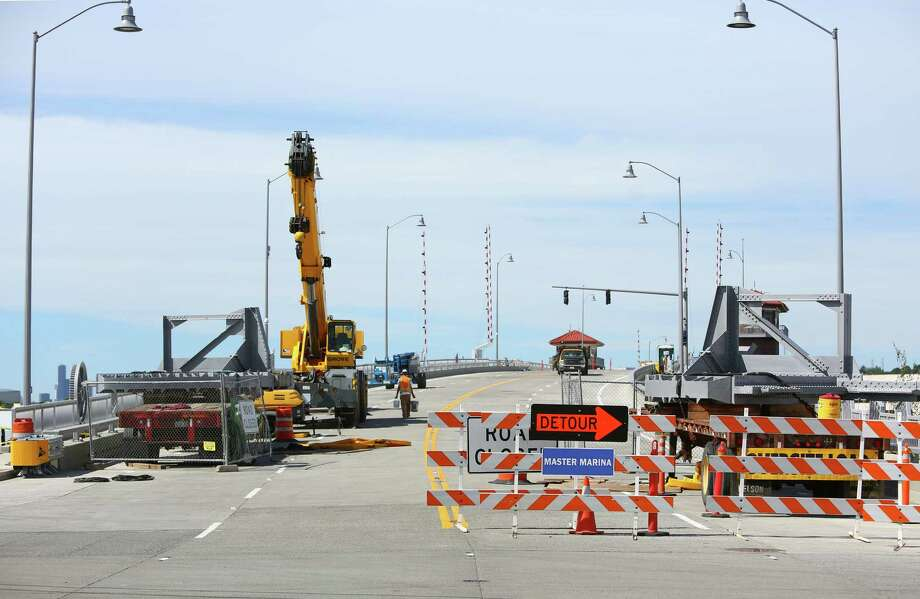 Now: The new 16th Avenue South Bridge is readied for its reopening to traffic on Monday, June 30. Photo: JOSHUA TRUJILLO, SEATTLEPI.COM / SEATTLEPI.COM