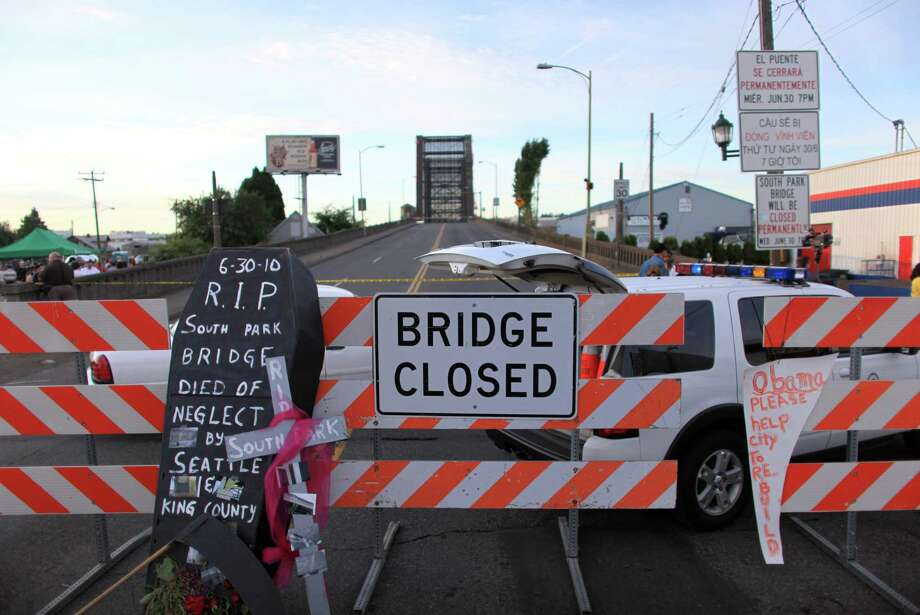 Then: A sign shows that the South Park Bridge is closed on June 30, 2010. Photo: FILE PHOTO, SEATTLEPI.COM / SEATTLEPI.COM
