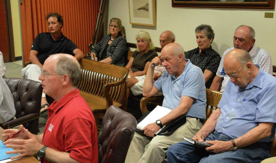 Paul Myerson spoke to the selectmen, in their capacity as the Water Pollution Control Authority, on Wednesday to represent a group of Saugatuck Shores residents having problems with their sewer pumps. Photo: Jarret Liotta / Westport News
