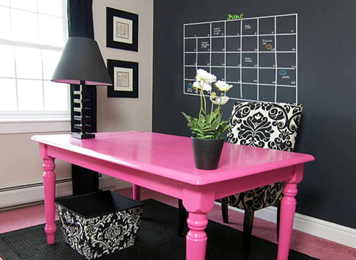 Office Calendar: A chalkboard wall in a home office can be a place for the visual thinker to jot down ideas or plan weeks ahead.