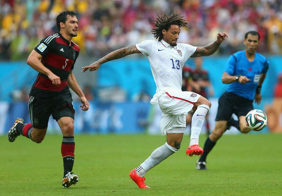 Jermaine Jones of the United States controls the ball against Mats Hummels of Germany during the 2014 FIFA World Cup Brazil group G match between the United States and Germany at Arena Pernambuco on June 26, 2014 in Recife, Brazil.  Photo: Martin Rose, Getty Images