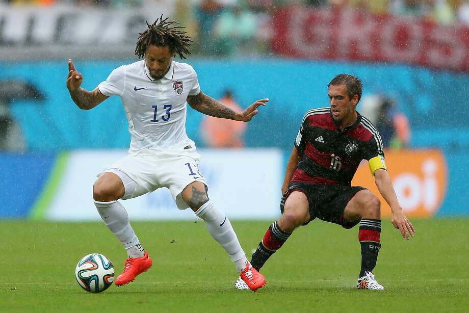 Jermaine Jones of the United States controls the ball against Philipp Lahm of Germany during the 2014 FIFA World Cup Brazil group G match between the United States and Germany at Arena Pernambuco on June 26, 2014 in Recife, Brazil. Photo: Michael Steele, Getty Images