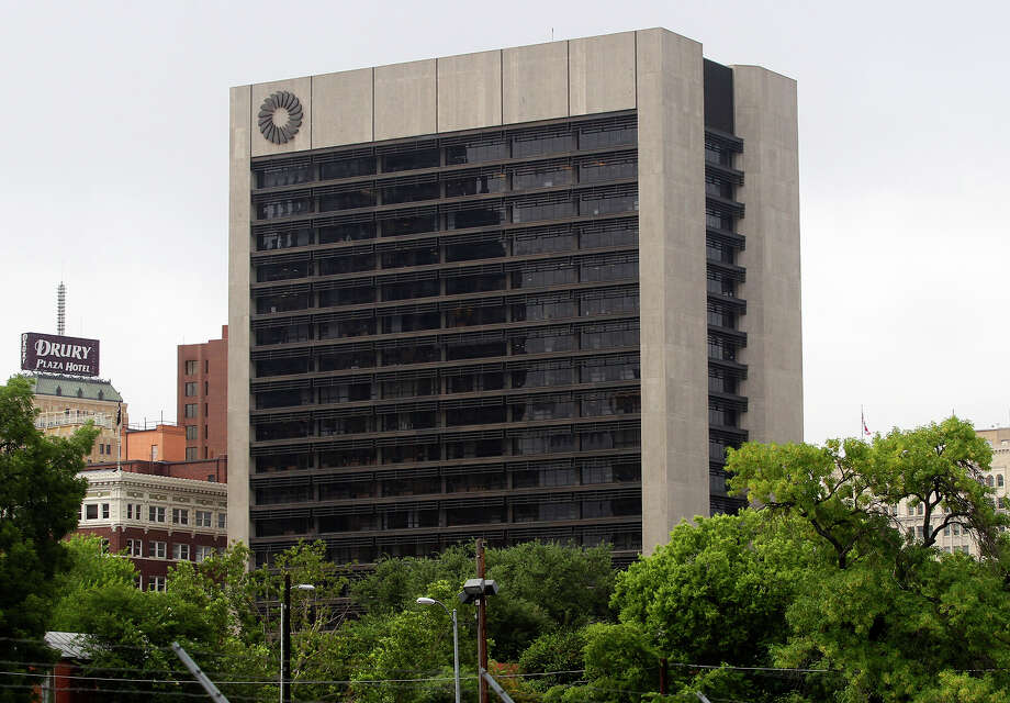 The Frost Bank Tower in San Antonio. Photo: JOHN DAVENPORT, San Antonio Express-News / ©San Antonio Express-News/John Davenport