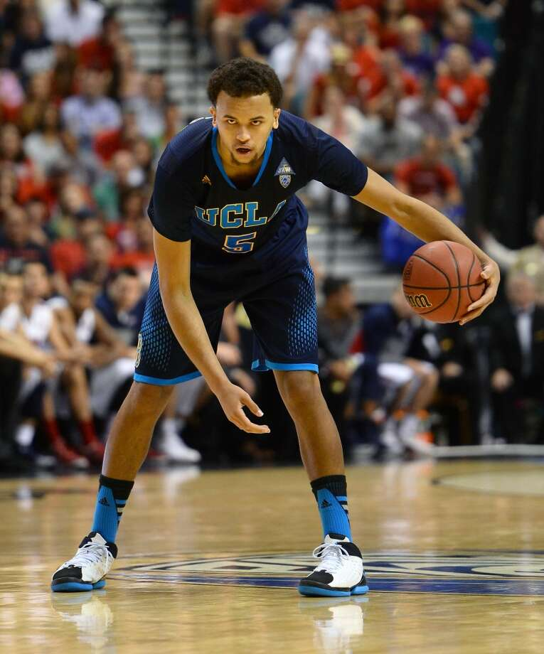 Kyle Anderson #5 of the UCLA Bruins brings the ball up the court against the Arizona Wildcats during the championship game of the Pac-12 Basketball Tournament at the MGM Grand Garden Arena on March 15, 2014 in Las Vegas, Nevada. UCLA won 75-71. Photo: Ethan Miller, Getty Images
