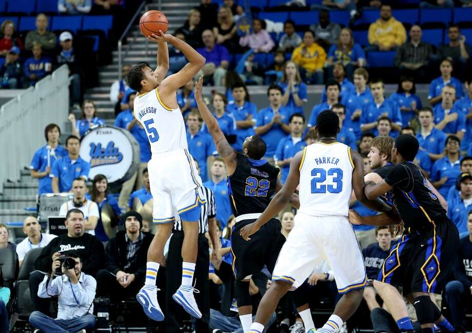 Kyle Anderson #5 of the UCLA Bruins shoots against the Morehead State Eagles at Pauley Pavilion on November 22, 2013 in Los Angeles, California.   UCLA won 81-70. Photo: Stephen Dunn, Getty Images