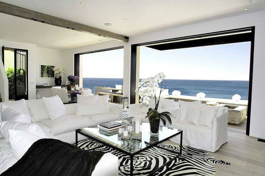 Producer Michael Manheim listed his Malibu, Calif., home for sale at $10.25 million. (Lee Manning/Los Angeles Times/MCT) ORG XMIT: 1154235 Photo: Lee Manning / Los Angeles Times