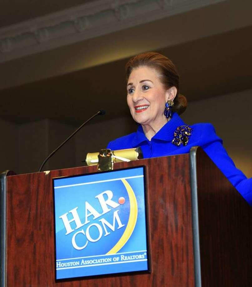 Martha Turner addresses the audience.