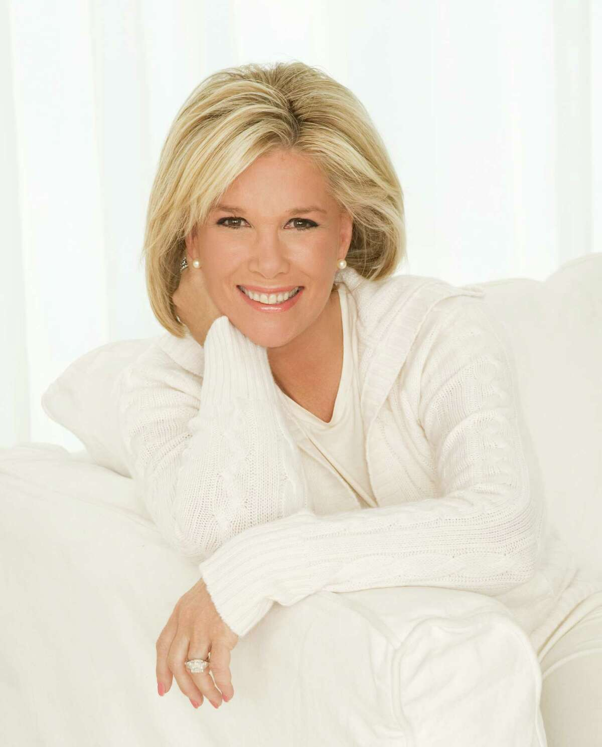 Joan Lunden announced this week that she has breast cancer which was discovered after she has an untrasound.