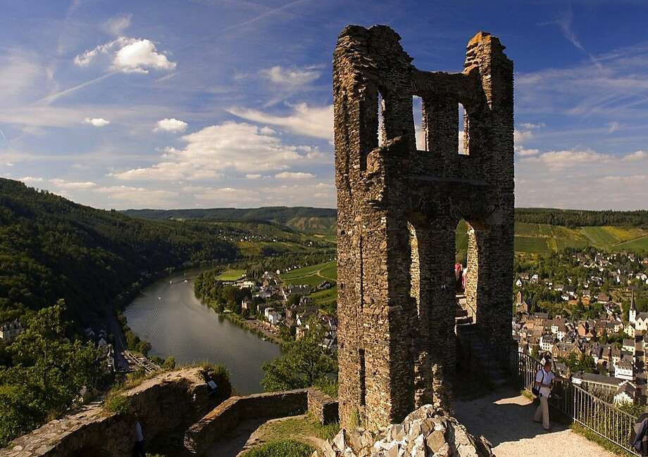 The Moselsteig, a new long-distance walking trail along Germany's Mosel River, includes Grevenburg castle in Traben-Trarbach. Photo: Www.germany.travel