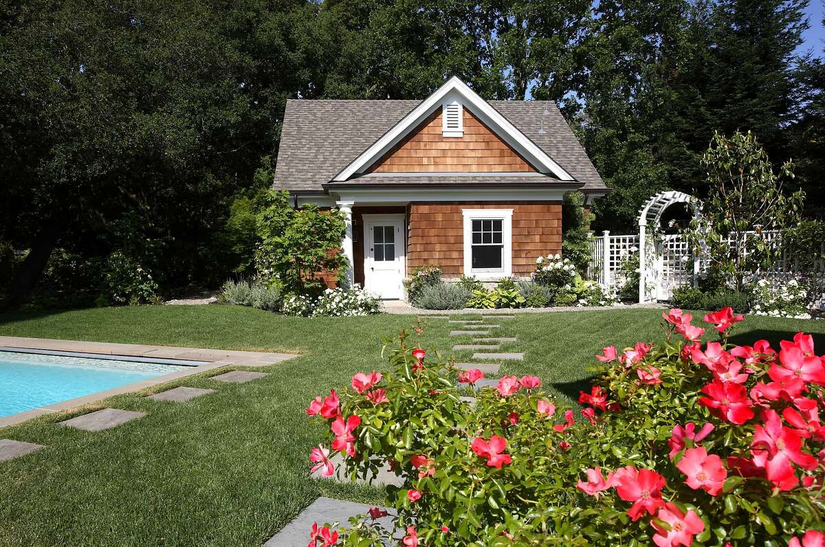 A 365-square-foot one-bedroom, one-bathroom guest house is part of the property.