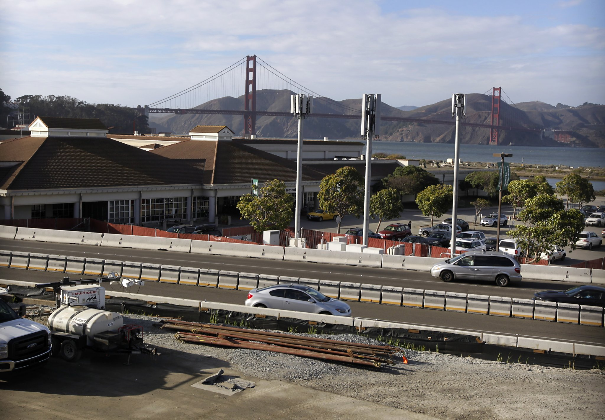 loses lucas museum but sports basement to stay a while sfgate