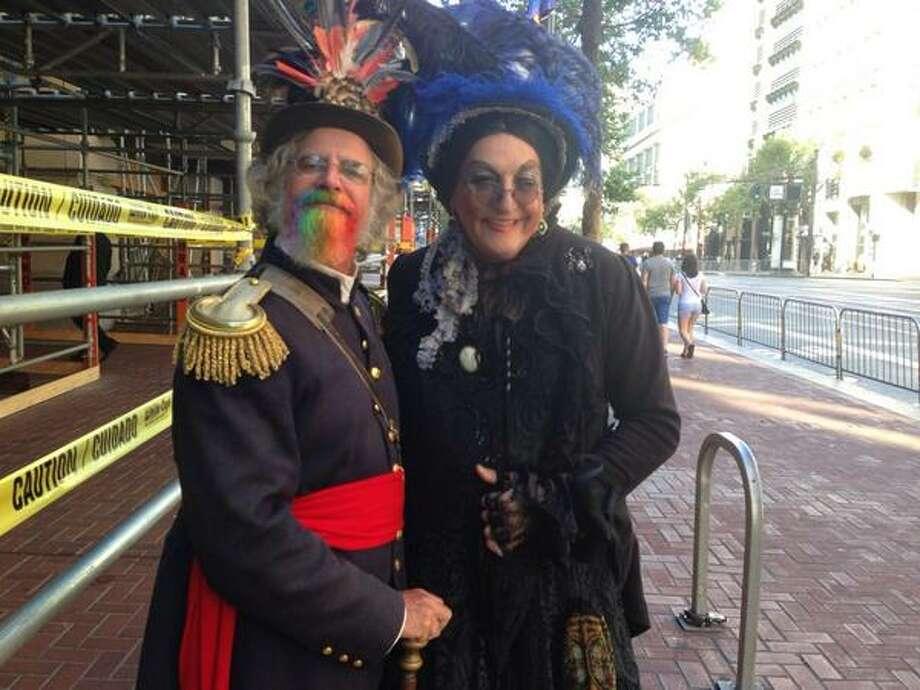 À la Emperor Norton and Lola Montez Photo: Greta Kaul, The Chronicle