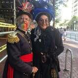À la Emperor Norton and Lola Montez
