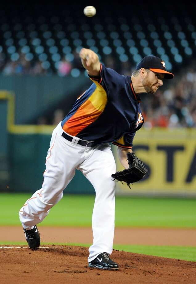 Astros pitcher Scott Feldman delivers a pitch. Photo: Eric Christian Smith, For The Chronicle