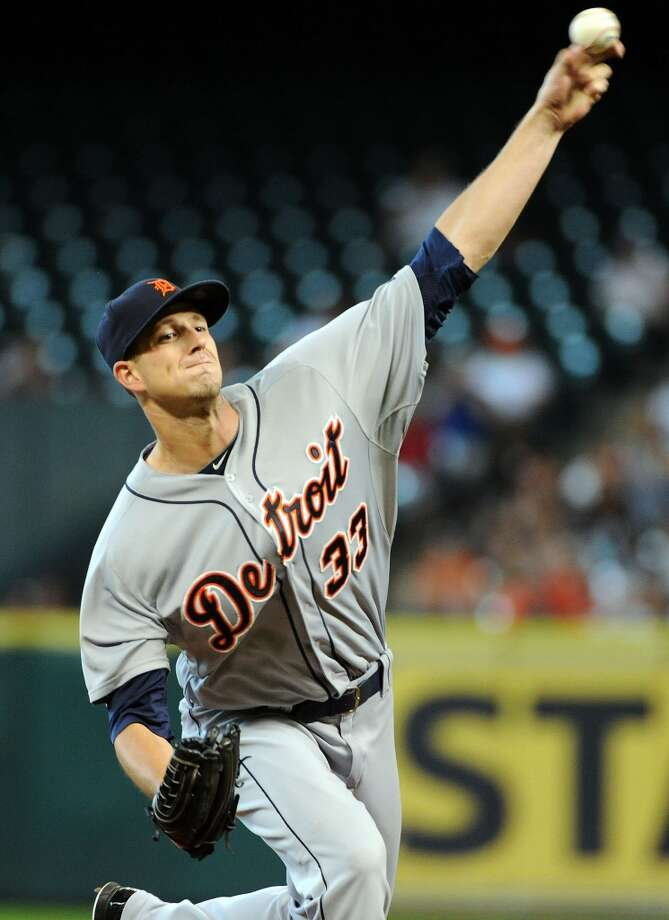 Tigers pitcher Drew Smyly delivers a pitch. Photo: Eric Christian Smith, For The Chronicle